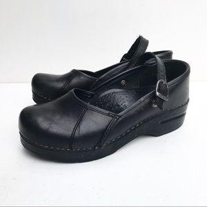 Dansko Marcelle Clogs 37 6.5 7 Black Leather Strap